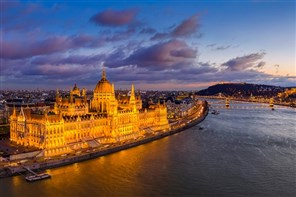 Festive Christmas Markets in Budapest by Air