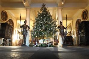 Renishaw Hall at Christmas