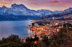 Festive Christmas in Lake Garda Gold