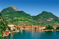 Lake Garda on the Gold Coach