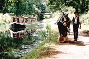 Horse Drawn Barge Tiverton