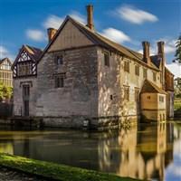 Baddesley Manor & Packwood House - National Trust
