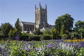 Abbey Gardens, Cathedral and Cream Tea