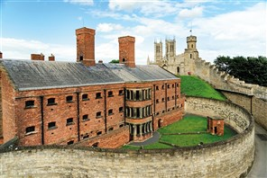 Great Houses & Gardens of Lincolnshire & Yorkshire